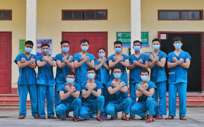 Các học viên nam của ngành Y khoa